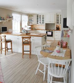 Lykke i Jordbærveien 4: Et Ikea-kjøkken kan gjøres om til et herregårdkjøkken