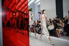 Christopher Kane Spring 2016 Ready-to-Wear Fashion Show Atmosphere
