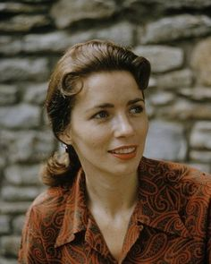 June Carter married Johnny Cash on March 1968 Valerie June Carter Cash (June 1929 – May Johnny Cash June Carter, Johnny Y June, June Carter Young, John Cash, Ken Burns, Country Girl Style, Country Girls, Carter Family, Young Celebrities