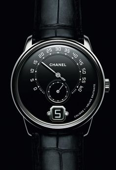 Chanel's 2016 released Monsieur De Chanel Watch For Men is now also available in Platinum with an attractive grand feu enamel dial. The movement has been produced and finished with highest quality by the house Romain Gauthier, no stranger to watch enthusiasts. Find out more about it in our latest article...