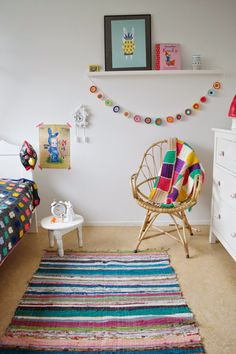 Crochet color bunting