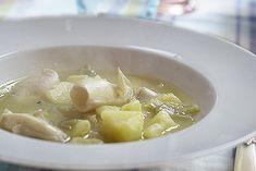 Te explicamos paso a paso, de manera sencilla, cómo hacer la receta de calamares con patatas con Thermomix. Tiempo de elaboración, ingredientes,