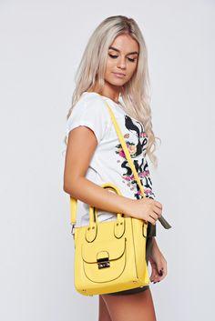 Comanda online, Geanta dama casual galbena cu manere scurte. Articole masurate, calitate garantata! Casual, Summer, Bags, Fashion, Handbags, Moda, Summer Time, Fashion Styles, Taschen
