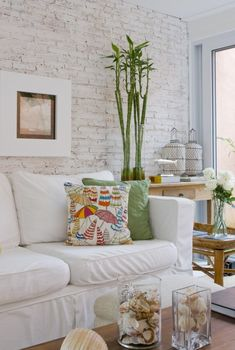 [New] The 10 Best Home Decor (with Pictures) - Style At Home, Home Living Room, Living Room Decor, Brick In The Wall, Brick Walls, Banquettes, Home And Deco, Inspired Homes, Decor Interior Design