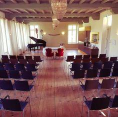 Concertzaal wedding ceremonie Kasteel Tongelaar Mill
