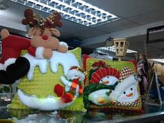 Christmas Pillow, Santa Christmas, Christmas Time, Xmas, Christmas Ornaments, Christmas Ideas, Christmas Decorations, Holiday Decor, Christmas Inspiration