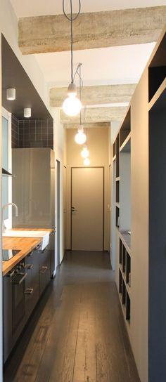 Virlova Interiorismo: [Home] Un apartamento con la estructura como protagonista