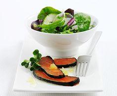 Nori-Lachs mit Asia-Salat