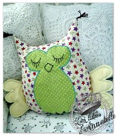Tup Owl Cushion or Owl …. – Les Lubies from Annabelle: Owl Cushion Tee or Owl …. – Les Lubies from Annabelle by Sewing Projects For Kids, Sewing For Kids, Baby Sewing, Diy For Kids, Baby Couture, Couture Sewing, Owl Cushion, Owl Crafts, Creation Couture