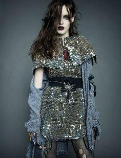 Discovering the power of punk, Kremi Otashliyska creates a counter-culture stir in 'Bowrey Girl' by Greg Kadel for Numéro Greg Kadel, Dark Fashion, Grunge Fashion, High Fashion, Womens Fashion, Cheap Fashion, Diy Kleidung, Fashion Week, Fashion Trends