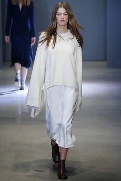 See the complete Tibi Fall 2016 Ready-to-Wear collection.