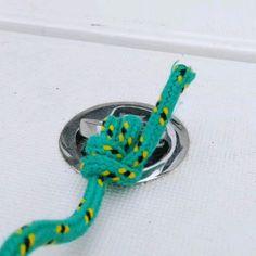 Knots at Katamarans Rope Knots, Macrame Knots, Rope Braid, Survival Knots, Survival Skills, Fishing Hook Knots, Sailing Knots, Knots Guide, The Knot