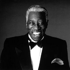Joe Williams: One of the Greatest Band Singers to Appear on Stage - https://blackthen.com/joe-williams-one-of-the-greatest-band-singers-to-appear-on-stage/?utm_source=PN&utm_medium=BT+Pinterest&utm_campaign=SNAP%2Bfrom%2BBlack+Then
