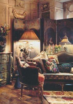 Eclectic: antiques, colour and clutter. Iris Apfel's Manhattan apartment.