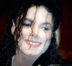 ♥ Michael Jackson ♥ - curls & lipbite, could it get any better? :-P