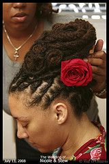 dreadlock formal or wedding styling tips for african or caucasian dreads - dreadlocks forums Goddess Hairstyles, Dread Hairstyles, Wedding Hairstyles, Loc Updo, Dreads Styles, Dreadlock Styles, Dreadlock Accessories, Synthetic Dreads, Cool Braids