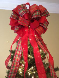 Tree Topper Bow, Large Christmas Bow for Christmas Tree or Lamp Post Tree Topper Bow, Large Christma Diy Christmas Tree Topper, Ribbon On Christmas Tree, Christmas Ribbon, Christmas Wreaths, Christmas Crafts, Christmas Ornaments, Christmas Lamp, Crismas Tree, Tree Topper Bow