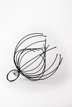Sculptural Wire Ring - art jewellery; contemporary jewelry design // Atushi Verma