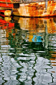 Old Boat by Kenneth r Rowley / Creative Photography, Amazing Photography, Nature Photography, Water Abstract, Abstract Art, Water Patterns, Old Boats, Water Art, Water Reflections