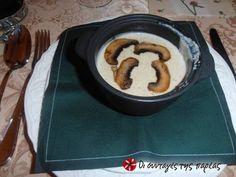 Εύκολη βελουτέ με μανιτάρια champignons Pancakes, Breakfast, Food, Mushroom, Morning Coffee, Essen, Pancake, Meals, Yemek