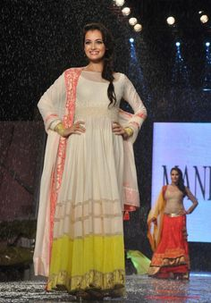 Harpalbollywood# Manish Malhotra And Shaina NC For CPAA Fashion Show