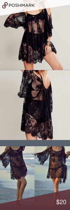 Black lace cover up boho dress lingerie Very versatile piece, never worn...can be worn over swimsuit or as lingerie or even as a dress worn with a slip. Lace is soft and not scratchy. Beautiful garment, just too big for me. No size tag but it would fit anyone from size XL to 3x. Swim Coverups