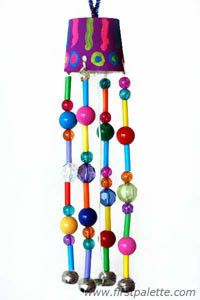 What do you think of this Preschool Beaded Wind Chime as a summer craft for kids? I think it's darling.