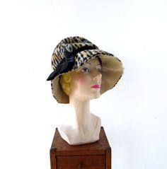 1960s Mr. John tiger stripe print hat
