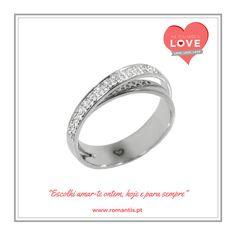 """Escolhi amar-te ontem, hoje e para sempre"" // Elegí amarte ayer, hoy y para siempre. #romantis #romantisjewelry #jewelry #casamento #wedding #aneldenoivado #pedidodecasamento #anelemouro #anelcomdiamantes #noivos #sweetmoments #romantis #romantisjewelry #jewelry #boda #anillodecompromiso #marriageproposal #pedidademano #anillodepedida #anillo #compromiso #pedidodematrimonio #marriageproposal#anillocondiamantes #anilloenoro #novios JOANR002862B"