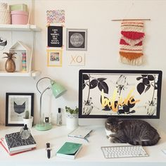 My workspace could use a makeover - productivity is key Get My Life Together, Desk Inspiration, Home Desk, Getting Organized, Gallery Wall, Frame, Workspaces, Desk Ideas, Office Ideas