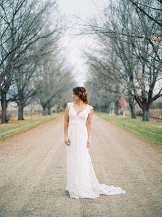 Timeless bridal inspiration   Wedding Sparrow