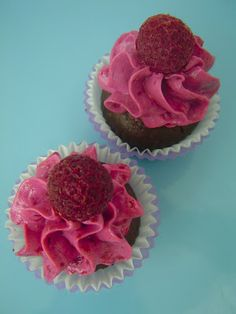 Chocolate Raspberry Cupcakes - raw, vegan, gluten free