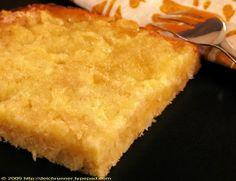 Butterkuchen mit Birnen: 1/2 Backblech Cornbread, Favorite Recipes, Ethnic Recipes, Food, Pears, Small Cake, Sheet Pan, Recipies, Millet Bread