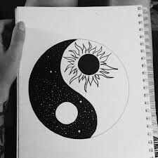 To draw easy, ying yang symbol, tattoo bedeutungen, yin yang art, yin and y Cute Easy Drawings, Art Drawings Sketches Simple, Pencil Art Drawings, Tumblr Art Drawings, Random Drawings, Colorful Drawings, Tattoo Sketches, Drawing Ideas, Yin Yang Tattoo Meaning