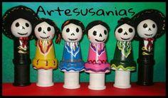 Dia De Los Muertos Folklorico and Mariachi Wood dolls by Susan Romero