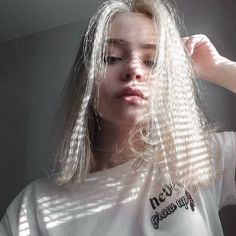 WEBSTA @ litputazs - What colour is your hair? Aesthetic People, Aesthetic Girl, Bild Girls, Makeup Tumblr, Dye My Hair, Tumblr Girls, Ulzzang Girl, Belle Photo, Pretty Face