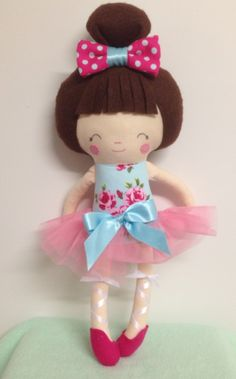 Ballerina dolly - pattern by dolls and daydreams :)