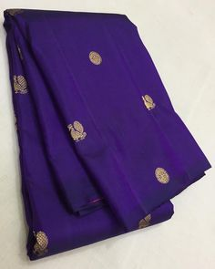 Best Day Spa, Silk Saree Kanchipuram, Informal Weddings, Soft Silk Sarees, Petite Women, Types Of Dresses, Dress For You, Beautiful Dresses, Fashion Design