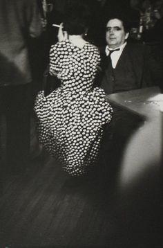 Saul Leiter, Fête, ca. 1953.  © Saul Leiter / Courtesy Howard Greenberg Gallery, New York.