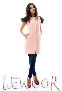 Кашемировый жилет на кнопках с мехом оленя на плечах - купить оптом и в розницу, интернет-магазин женской одежды lewoor.com