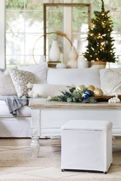 Farmhouse/Cottage Christmas Tour with pops of blue accents.