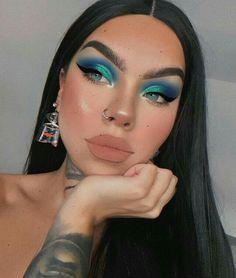 and eyeshadow makeup everyday makeup golden makeup tutorial beginners makeup tips video makeup tutorial natural look eyeshadow makeup makeup 2020 Glam Makeup, Cute Makeup, Girls Makeup, Pretty Makeup, Skin Makeup, Eyeshadow Makeup, Makeup Inspo, Makeup Inspiration, Eyeliner