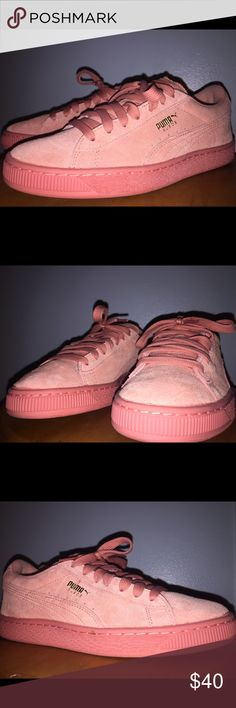 Suede Pink Pumas New condition Don't have the original box but shoes are in new condition  Size:6 Puma Shoes Sneakers