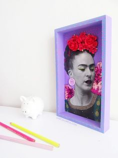 Use a photocopy, color pencils and other knick knacks to make a DIY colorful Frida Kahlo Nicho for your home | LiveColorful.com