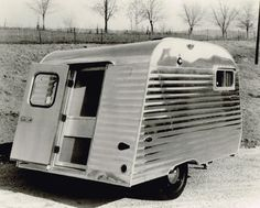 Serro Scotty History – Serro Scotty Trailers Vintage Rv, Vintage Campers, Camper Life, Camper Van, Small Camping Trailer, Serro Scotty, Classic Trailers, Ground Transportation, Motor Homes