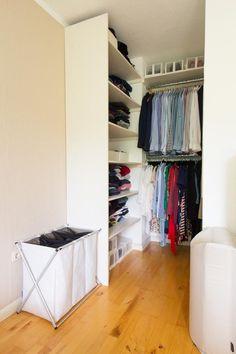 regalsystem als offener kleiderschrank und schuhregal diy regal kleiderschrank schuhregal. Black Bedroom Furniture Sets. Home Design Ideas