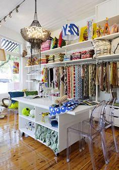 emilyziz_showroom