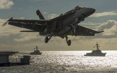 The Aviationist » Epic photograph of an F/A-18E Super Hornet launching from USS Carl Vinson aircraft carrier