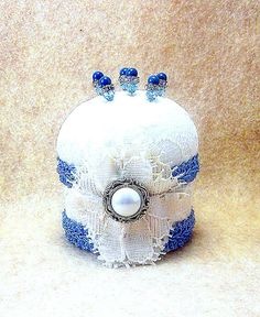 Needlecraft pincushion Angelica wedgewood blue cream vintage fabric Victorian style pincushion decorative straight pins tagt tagtteam