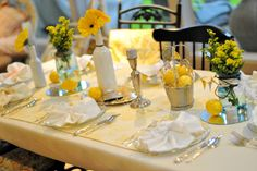 Yellow spring tablescape